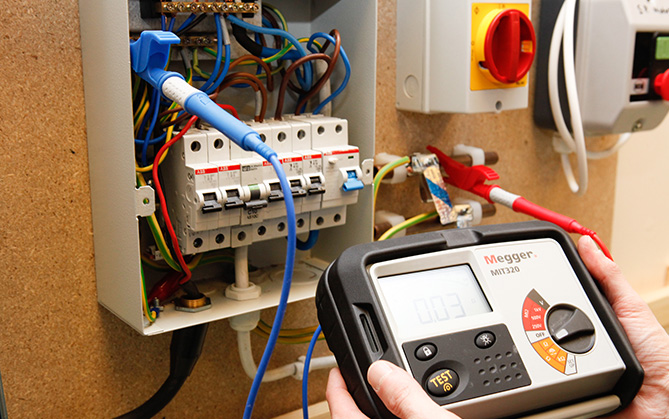 Electrical Installation Condition Reports Leeds MPS Electrical Ltd 0113 3909670